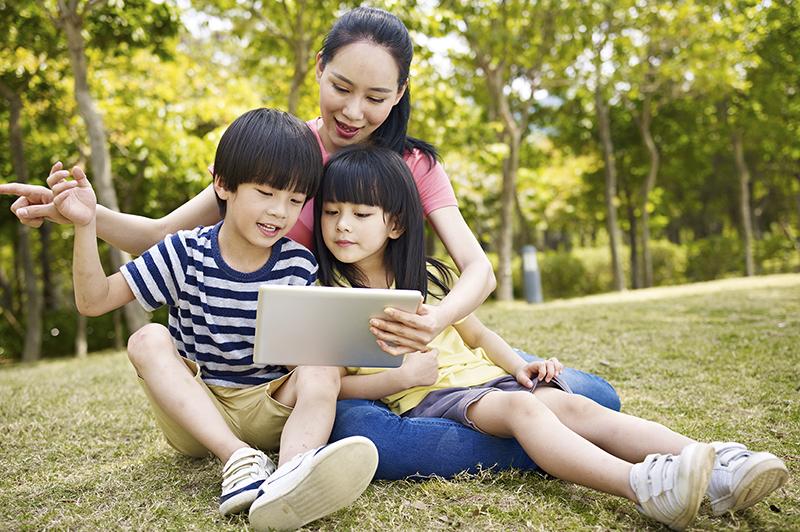 Особенности воспитания детей в разных странах