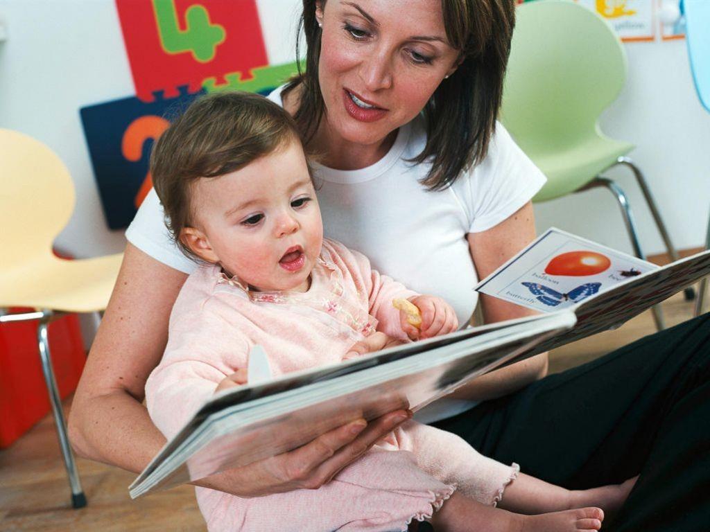 В каком возрасте лучше обучать детей-билингвов иностранным языкам?