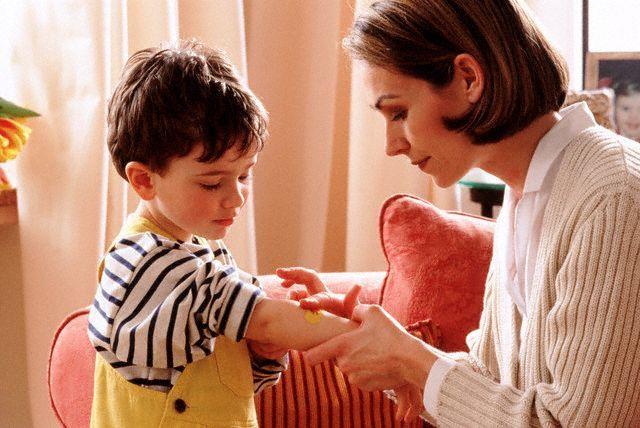 Семья без отца: мать и сын