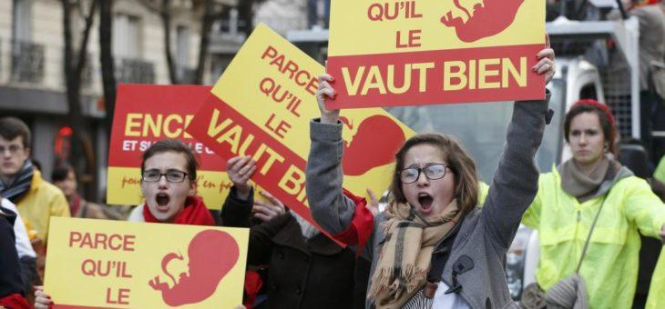В Париже состоялся марш против абортов