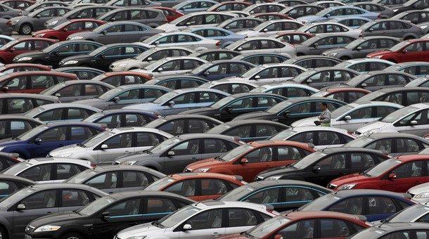 В феврале продажи автомобилей во Франции упали на 3%