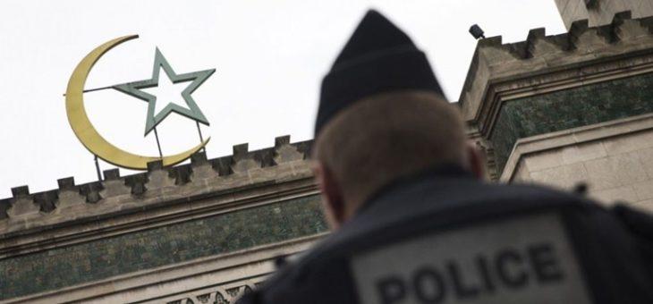 Во Франции за призывы к вооруженному джихаду закрыли мечеть