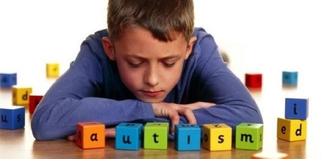 Дети с аутизмом чаще рождаются у отцов с высоким IQ