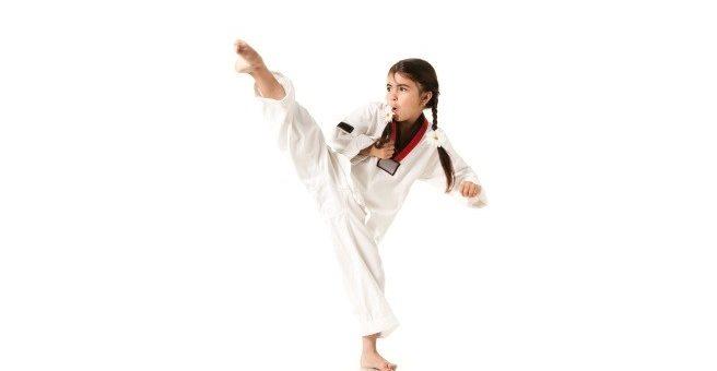 Стоит ли отдавать девочку в секцию по борьбе