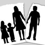«А куда ушел папа?». Как помочь ребенку пережить развод родителей