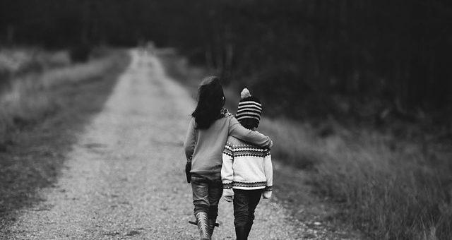 Почему со временем мы теряем друзей?